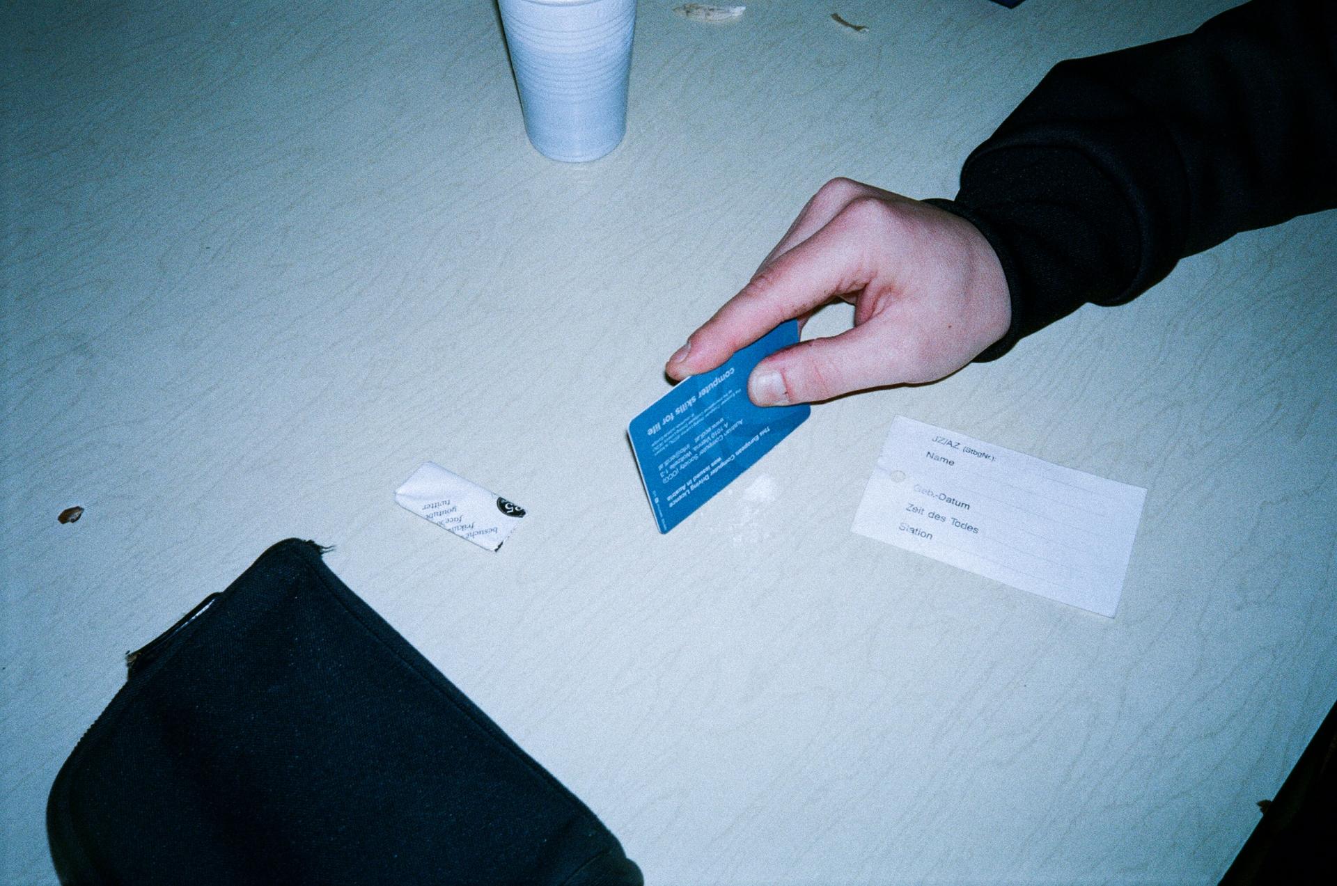 J. Gsoellpointner Über Kokain Nachdenken